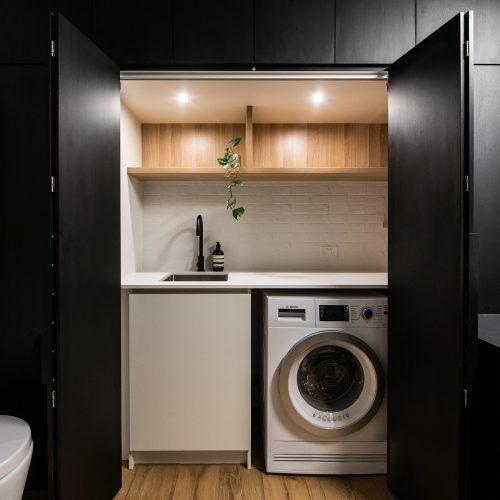 Embracing-Space-Bathroom-EuroLaundry-Interior-Design-Esplanade-East-Port-Melbourne-7