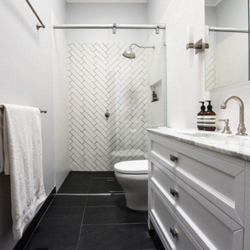 Embracing-Space-Teresa-Kleeman-Interior-Design-South-Yarra-Bathroom-2